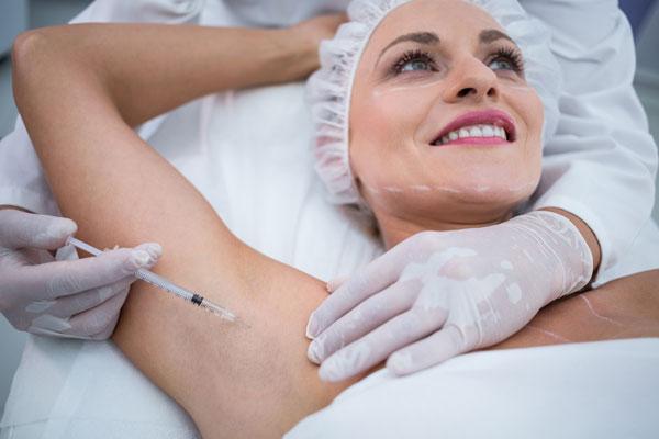 tratamiento hiperhidrosis toxina butolinica
